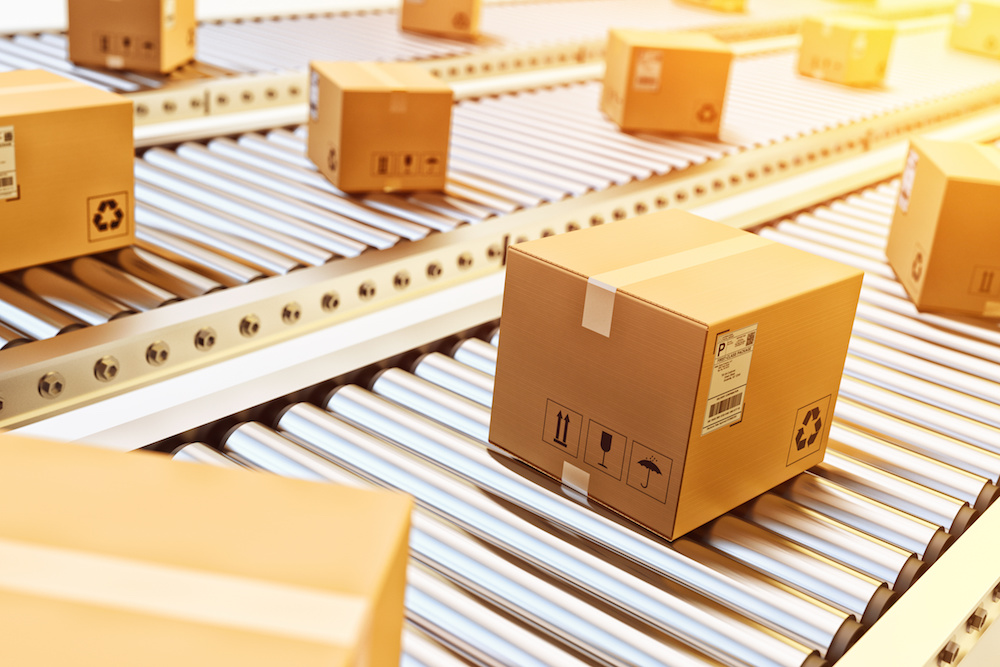E-commerce online orders packaging distribution